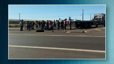 Enterrado hoje o corpo do manifestante atropelado durante protesto na BR-376, em Paranavaí - O acidente foi ontem à tarde.