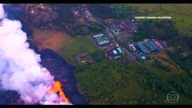 Aumentam os prejuízos do vulcão Kilauea - Impacto é maior no turismo, que já soma centenas de milhões de dólares de prejuízo. A lava está se aproximando de uma usina geotérmica.