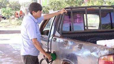 Motoristas sentem no bolso o grande número de variações nos preços dos combustíveis - Motoristas sentem no bolso o grande número de variações nos preços dos combustíveis