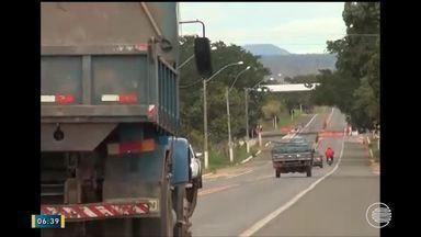 Floriano ainda sofre com desabastecimento devido a greve dos caminhoneiros - Floriano ainda sofre com desabastecimento devido a greve dos caminhoneiros