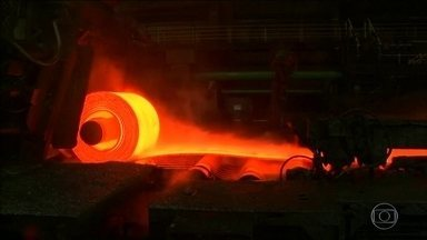 Trump aumenta tarifas sobre aço e alumínio da Europa, Canadá e México - Governos afetados já anunciaram que vão retaliar os americanos.