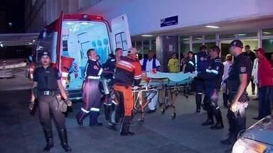 Jovem de 18 anos é atacado por tubarão no Recife - Um jovem de18 anosfoi atacado por um tubarão, na tarde deste domingo (03), na praia de Piedade, na Região Metropolitanado Recife. O rapaz foi operado e está em observação. Em menos de dois meses, foi segundo ataque de tubarão na mesma área, que é considerada a mais perigosa do estado.
