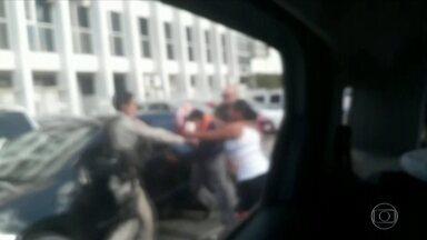 Funcionário da OAB de Alagoas é baleado na perna após desentendimento com policiais - A Ordem dos Advogados de Aloagoas afirma que houve excesso e cobra uma punição. A Polícia Cívil investiga a atuação dos policiais militares.