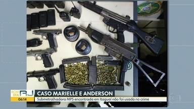 Perícia conclui que arma apreendida em Itaguaí não foi usada no caso Marielle - A Polícia Civil concluiu que a submetralhadora do modelo MP5, apreendida na semana passada em Itaguaí, não foi usada no assassinato da vereadora Marielle Franco e do motorista Anderson Gomes.