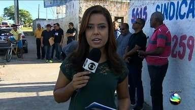 Taxistas cobram respostas do prefeito de Aracaju - Categoria quer atuar também no serviço de táxi lotação.