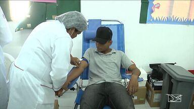 Número de doações de sangue cai após reforma no hemonúcleo de Codó - Reforma do prédio do hemonúcleo de Codó tem sido um problema para funcionários e doadores de sangue. O número de doações caiu gradativamente por causa do local improvisado.