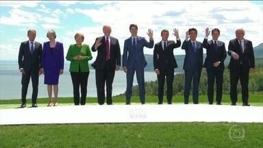 Trump sai mais cedo de reunião do G7 que foi marcada por discórdia com outros líderes - O presidente Donald Trump foi embora do encontro, no Canadá, antes do encerramento. Ele já embarcou para Singapura, onde vai se encontrar com o ditador Kim Jong Un, na terça-feira.
