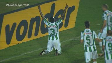 Fora de casa, Juventude supera equipe do Londrina pelo placar de 1 a 0 - Assista ao vídeo.