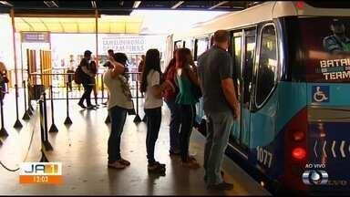 Violência assusta passageiros do transporte coletivo, em Goiânia - Delegada explica que ações que estão sendo realizadas para combater a criminalidade.