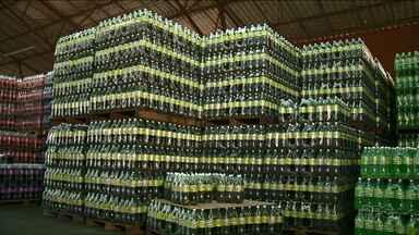 Fabricantes de refrigerante do Noroeste comemoram redução do crédito do IPI - A medida anunciada pelo governo federal, depois da greve dos caminhoneiros, foi positiva para pequenas fábricas do produto.