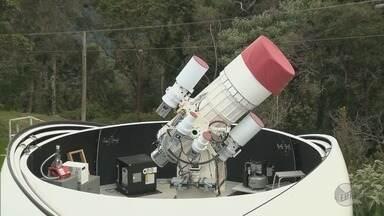 Telescópio russo montado em observatório de Brazópolis (MG) mapeia lixo espacial - Telescópio russo montado em observatório de Brazópolis (MG) mapeia lixo espacial