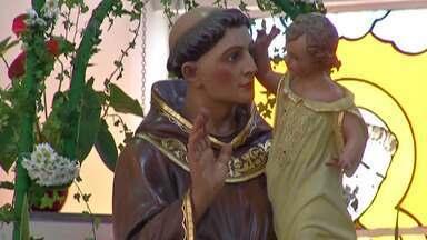 Quermesse em Mogi celebra Santo Antônio - O santo é conhecido por ser casamenteiro.