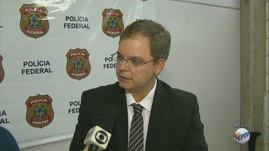PF de Araraquara faz operação contra desvio de mercadorias apreendidas na Receita Federal - Investigação aponta a venda ilegal de 40 milhões de maços de cigarros.