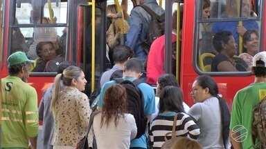 Reunião vai discutir tarifa do ônibus em Campo Grande após queda no preço do diesel - Desde reduções federal e estadual no valor do diesel, entidades de Campo Grande se mobilizam para discutir como fica a tarifa do transporte coletivo na cidade.