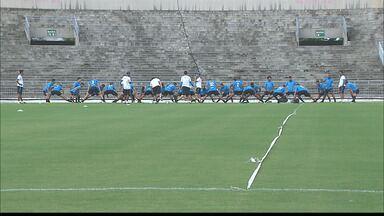 Botafogo ganha reforço no time - Kako Marques foi até a maravilha do contorno.