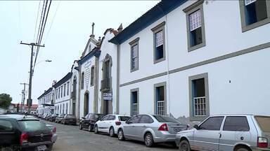 Serviços públicos de saúde são reduzidos nos hospitais de Barbacena - Prefeitura afirma que também haverá cortes no número de exames oferecidos. Produção do MGTV entrou em contato com o Governo de Minas, mas não obteve retorno.