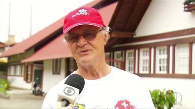 Descendentes suíços em Nova Friburgo dão palpites sobre a estreia na Copa do Mundo - Assista a seguir.