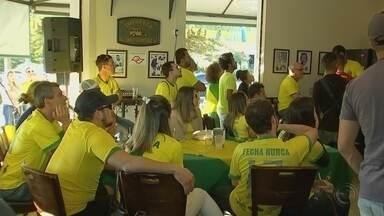 Veja como os torcedores da região de Itapetininga (SP) acompanharam a estreia do Brasil - Torcedores da região se reuniram para assistir a estreia da Seleção Brasileira contra a Suíça.