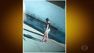 Perícia analisa digitais deixadas no patins da adolescente Vitória encontrada morta em SP - A polícia analisa também imagens de câmeras de condomínios e casas que ficam onde o corpo da adolescente foi encontrado.