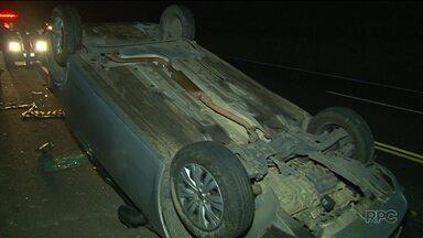 Bandidos tentam assaltar carro-forte na BR-277, na região de Guarapuava - Teve troca de tiros e a rodovia ficou interditada.