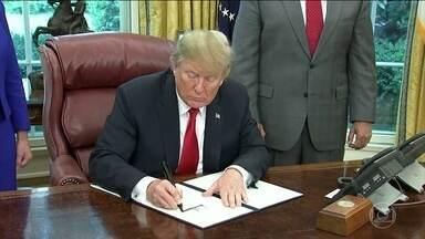 Trump recua e suspende separação de famílias de imigrantes - Apesar disso, o destino das criaças que estão em abrigos ainda é incerto
