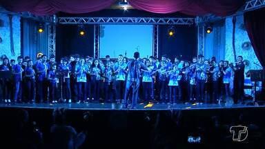 """Espetáculo na Casa da Cultura celebra o aniversário de 357 anos de Santarém - Evento """"Marcas da Pérola"""" fez parte da programação de aniversário e levou muitas pessoas à Casa da Cultura."""