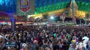 Shows animam o público na véspera de São João em Serra Negra - Festa na cidade de Bezerros tem atrações musicais diversificadas.