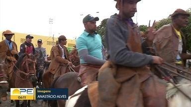Missa do Vaqueiro é realizada em Petrolina, no Sertão de Pernambuco - Tradicional evento ocorreu no fim de semana