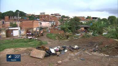Minas Gerais tem mais de oito mil áreas de risco geológico, diz IBGE - Só em Ribeirão das Neves, na Grande BH, cerca de 60% dos moradores vivem sob o perigo de enchente, inundação e deslizamento de terra.