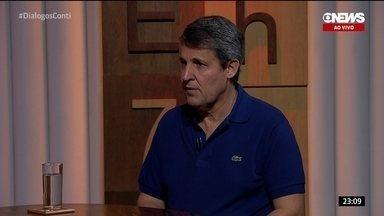 Antropólogo Marcos Alvito fala da paixão brasileira pelo futebol