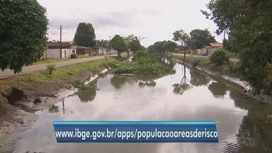 Estudo identifica as áreas que correm riscos de inundação em Macapá e Santana - De acordo com a pesquisa do IBGE, os moradores que mais sofrem são as crianças e os idosos.