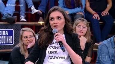 Monica Iozzi diz como é falar sempre o que pensa - Ela responde a pergunta da plateia