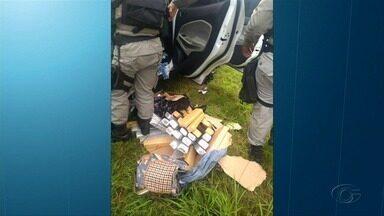 Casal é preso com 28 quilos de maconha dentro do carro - Caso ocorreu no domingo (1º). Casal vinha de São Paulo e iria distribuir a droga em Alagoas.