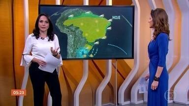Calor predomina na maior parte do país nesta terça-feira (3) - A frente fria que passou pelo Sul segue pelo litoral até o Rio de Janeiro deixando o mar agitado. Em São Paulo, na capital e no litoral, a previsão é de garoa, chuvisco isolado,
