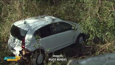 Motorista fica ferida após cair de ponte na BR-467 - O acidente foi em Toledo.