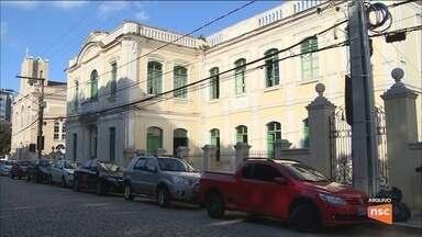 Cerca de 17 mil pessoas aguardam por moradia em Florianópolis - Cerca de 17 mil pessoas aguardam por moradia em Florianópolis
