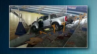 Polícia investiga atropelamento em Assis Chateaubriand - Vítima foi o secretário de esportes da cidade.