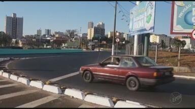 Briga de trânsito termina em facada em Franca, SP - A discussão aconteceu na calçada de acesso ao bairro Jardim Francano.