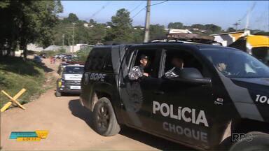 Presos responsáveis pela rebelião em Curitiba são encaminhados para Central de Flagrantes - A rebelião terminou nesta quinta (5) e os presos identificados como responsáveis serão autuados por vários crimes.