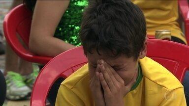 Brasil perde para Bélgica e está fora da Copa - Torcida que mudou a cara da Capital dá adeus à Copa