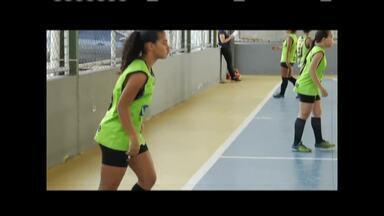 Equipes de Valadares se preparam para etapa estadual do JEMG - Equipe de futsal feminino é multicampeã em vários torneios.