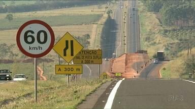 Cai número de acidentes e mortes no trecho entre Nova Londrina e Presidente Castelo Branco - De acordo com a Polícia Rodoviária Federal o índice poderia ser ainda menor se os motoristas respeitassem o limite de velocidade da via.