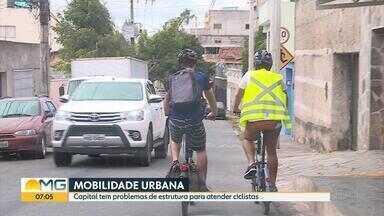 Ciclista mostra dificuldades para trafegar pelas ruas de Belo Horizonte - Ciclovias são menos do que seria o ideal e prefeitura informou que trabalha na captação de recursos para aumentar quantidade.