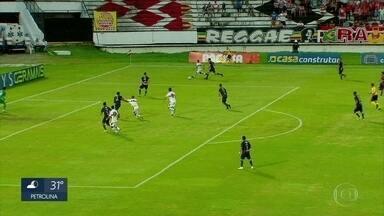 Santa Cruz vence o Remo e fica entre os 4 melhores colocados da Série C do Brasileirão - Tricolor venceu o jogo pelo placar de 2x0.