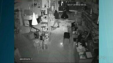 Onda de crimes assusta moradores de Foz - Em um fim de semana foram registrados quatro furtos.