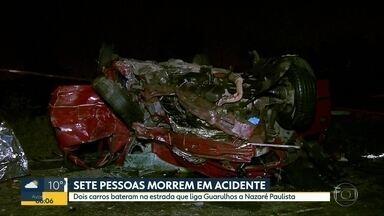 Carro capota em Guarulhos e deixa ao menos sete mortos - Dois dos sete mortos são crianças.