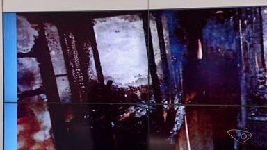 Fotos mostram como ficou o quarto onde irmãos morreram em Linhares, no Norte do ES - Segundo a polícia, as crianças foram queimadas ainda vivas pelo pai e padastro, o pastor George Alves.