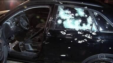 Homem é morto com tiros de fuzil dentro de carro blindado em SP - Ele tinha sido condenado a 65 anos de prisão por roubo a banco e era considerado foragido. Crime foi na Zona Leste.
