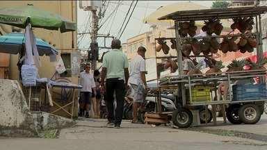Oito a cada 10 ambulantes de Cachoeiro estão irregulares, no Sul do ES - Prefeitura estuda dispor dois lugares para ambulantes.