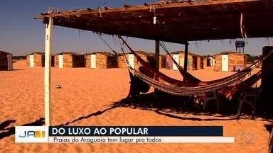 Praias do Rio Araguaia abrigam de acampamentos simples aos mais luxuosos, em Goiás - Turistas aproveitam o último final de semana de julho para curtir o rio.